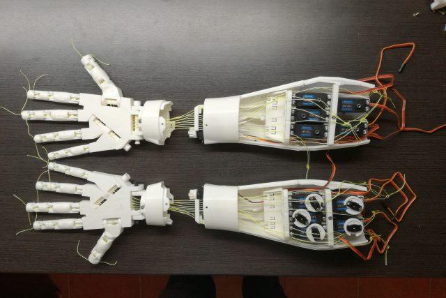 Avatar robot FIM Bot se rodí pod rukama hradeckých vědců | foto: Fakulta informatiky a managementu Univerzity Hradec Králové