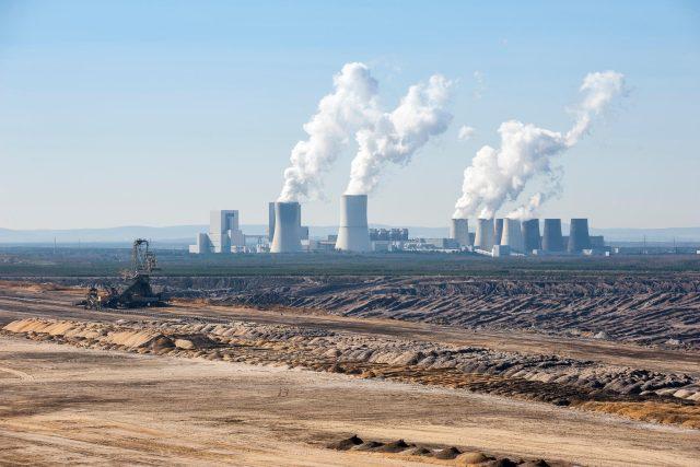 Těžba uhlí a elektrárna Boxberg v okresu Görlitz,  Sasko | foto: Fotobanka Profimedia