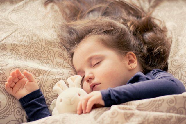 Spánek dětí (ilustrační foto)