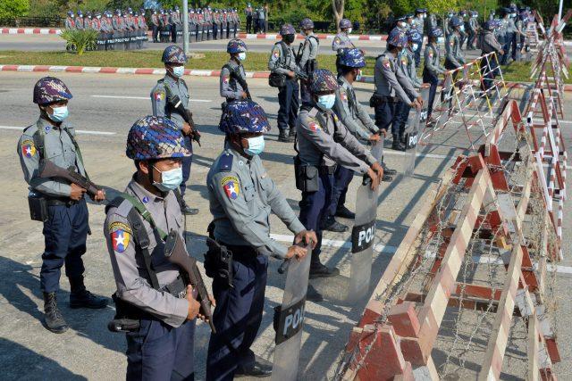 Vojenský převrat v Barmě,  resp. Myanmaru | foto: Fotobanka Profimedia