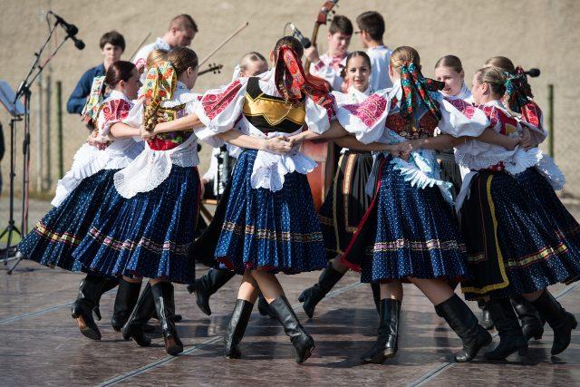 Hradec Králové a Pardubice po roce znovu spojí folklór (ilustrační foto)