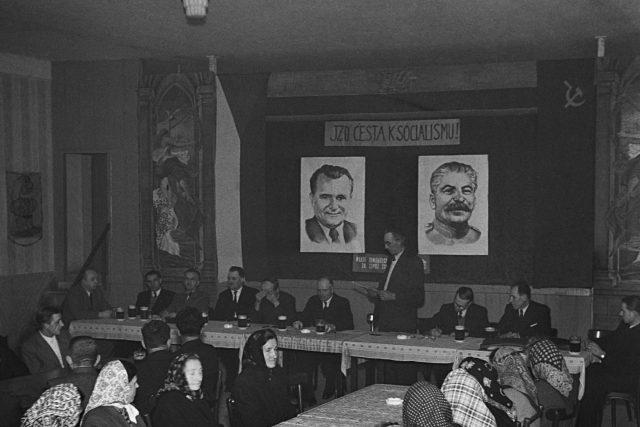 JZD v obci Horní Ves na Pelhřimovsku svolalo 15. ledna 1950 první řádnou valnou hromadu