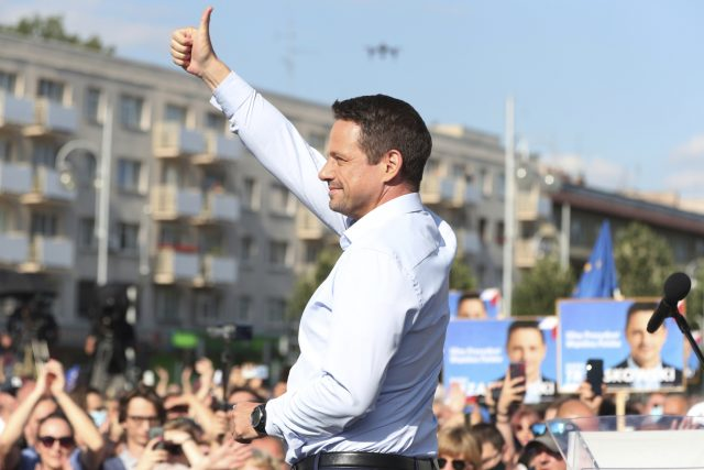 Opoziční kandidát Rafal Trzaskowski