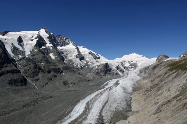 Ledovec v masivu nejvyšší rakouské hory Großglockner