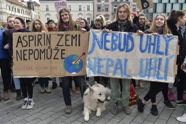 Demonstrace studentů za důslednější boj proti klimatické změně