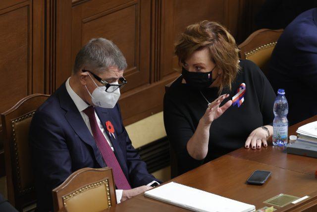 Ministryně financí Alena Schillerová a premiér Andrej Babiš | foto: Milan Malíček,  Právo / Profimedia