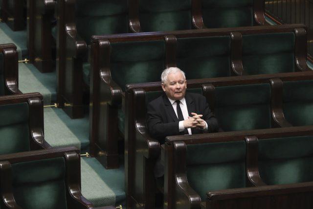 Jaroslaw Kaczyński,  předseda polské vládnoucí strany Právo a spravedlnost | foto: Czarek Sokolowski,  ČTK/AP