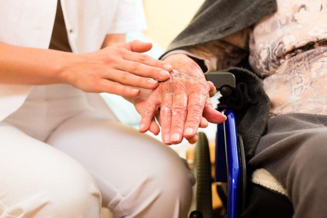 Péče o seniory | foto: Fotobanka Profimedia