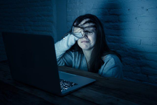 Nenávist na internetu