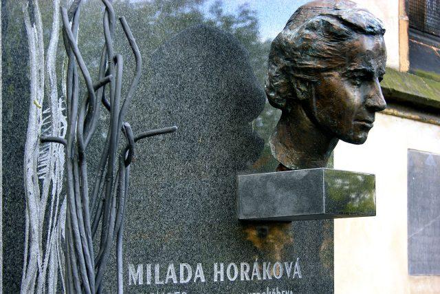Milada Horáková, hřbitov Slavín, Vyšehrad (UNESCO), Praha