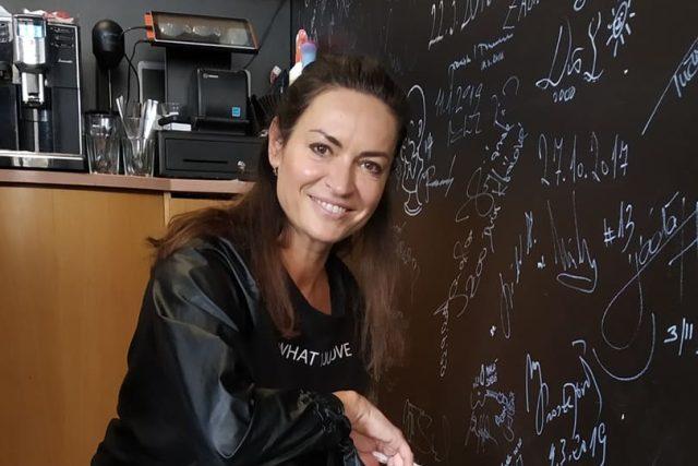 Hanka Kynychová v rozhlasové kavárně