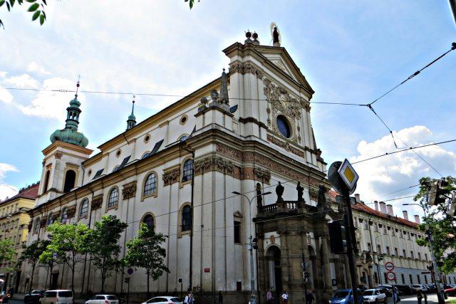 Kostel sv. Ignáce na Karlově náměstí v Praze