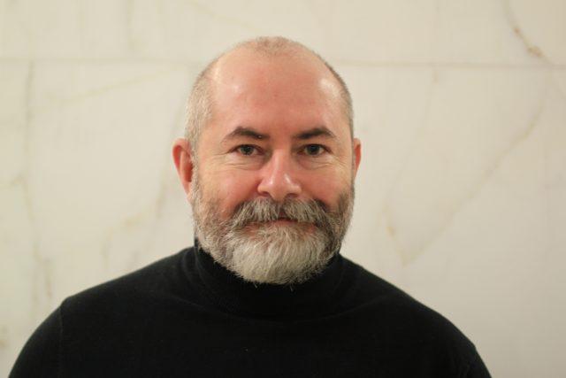 Zakladatel think-tanku Europeum, právník z Katedry evropských studií Institutu mezinárodních studií Fakulty sociálních věd Univerzity Karlovy Ivo Šlosarčík