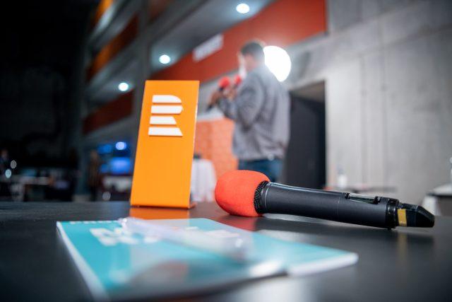 Český rozhlas Plus; debata (ilustrační foto)