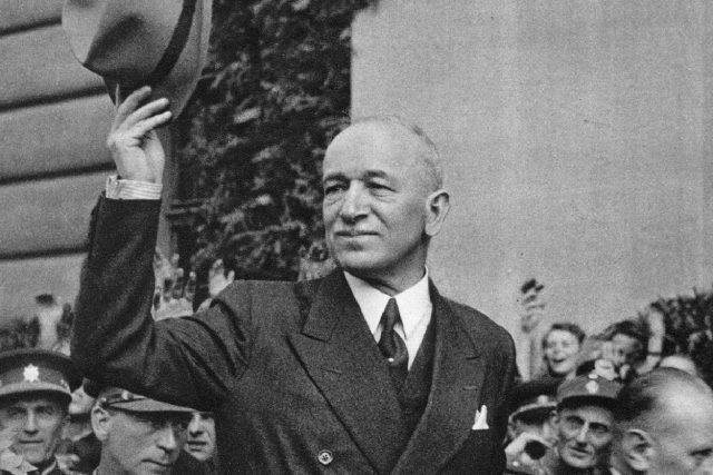 Prezident Edvard Beneš po návratu do vlasti v roce 1945