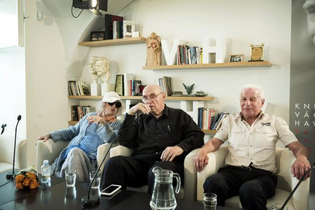 Cena Gratias agit, Knihovna Václava Havla, 7.6.2018 (zleva Taťjana Bajevová, Pavel Litvinov, Viktor Fajnberg)