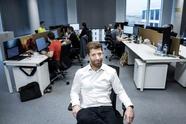 Tomáš Vondráček, organizátor hackhatonu. Na 60 programátorů se pustilo do systému pro elektronické dálniční známky