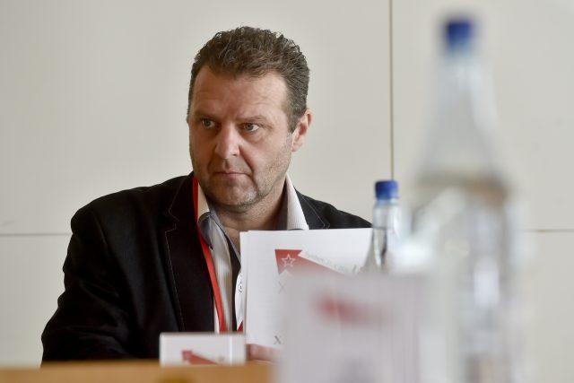 Komunistický poslanec Zdeněk Ondráček na sjezdu KSČM