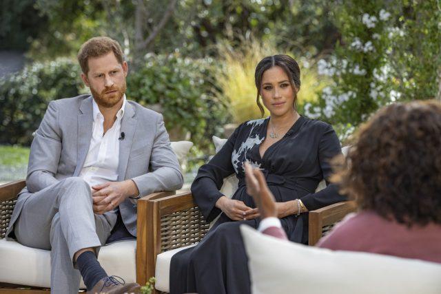 Princ Harry a vévodkyně Meghan během rozhovoru s Oprah Windfreyovou | foto: Joe Pugliese,  ČTK / AP