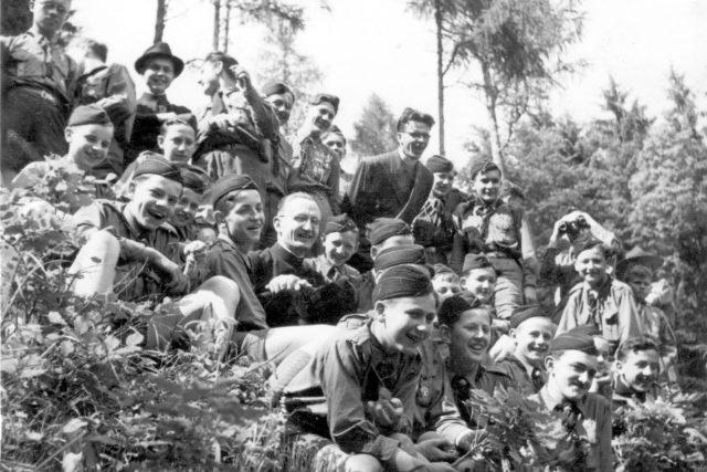 Páter Hladiš v roce 1946 jako skaut