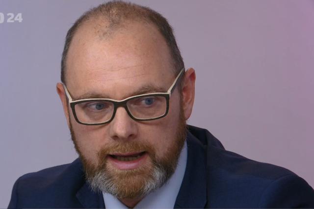 Ministr školství Robert Plaga (ANO) v pořadu České televize Otázky Václava Moravce