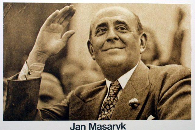 První poválečný ministr zahraničí Jan Masaryk zemřel v noci z 9. na 10. března 1948 po pádu z okna svého služebního bytu v Černínském paláci
