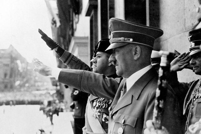 Adolf Hitler v roce 1939 | foto: Profimedia