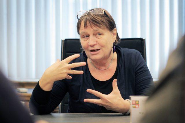 Ombudsmanka Anna Šabatová na fotografii z roku 2015