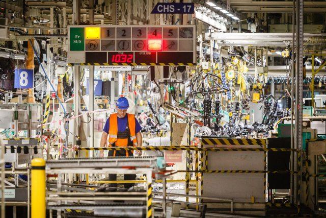 Práce v kolínské továrně TPCA se kvůli koronaviru dočasně zastaví (ilustrační foto)