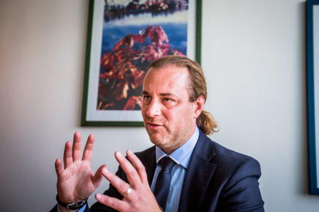 Poslanec Ondřej Veselý jako jediný z ČSSD hlasoval pro vydání komunisty Ondráčka