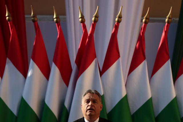 Maďarský premiér Viktor Orbán na posledním předvolebním mítinku před parlamentními volbami v dubnu 2018