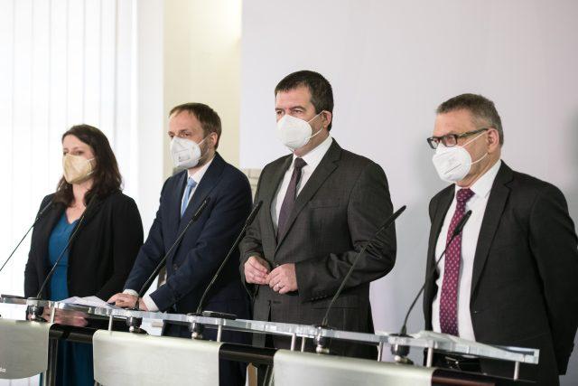 Tisková konference ČSSD | foto: René Volfík,  iROZHLAS.cz