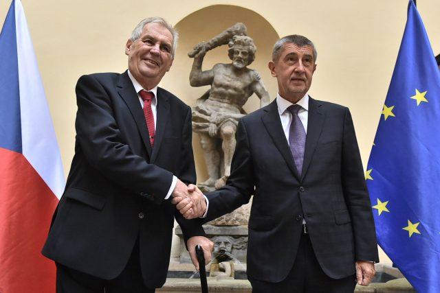 Prezident Miloš Zeman a premiér Andrej Babiš
