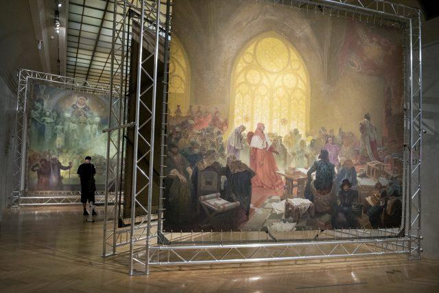 Alfons Mucha,  Slovanská epopej,  Obecní dům   foto: Michaela Danelová,  iROZHLAS.cz
