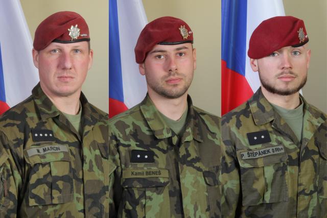 Zesnulí vojáci Martin Marcin (36), Kamil Beneš (28) a Patrik Štěpánek (24), kteří byli in memoriam povýšeni do hodnosti štábních praporčíků. Prezident Miloš Zeman jim také 28. října udělí státní vyznamenání, medaili Za hrdinství, in memoriam.