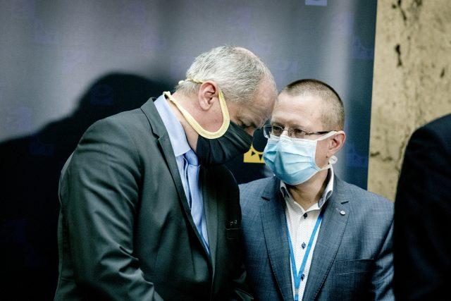 Náměstek ministra zdravotnictví Roman Prymula a šéf zdravotnických statistiků Ladislav Dušek