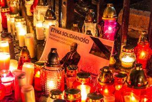 """Donald Tusk po Adamowiczově úmrtí vydal prohlášení, ve kterém starostu označil za """"muže svobody"""" a svého osobního přítele."""