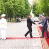 Video s příjezdem a setkáním komunistického poslance Zdeňka Ondráčka s hlavou neuznané a separatistické Doněcké republiky vzbudilo rozruch