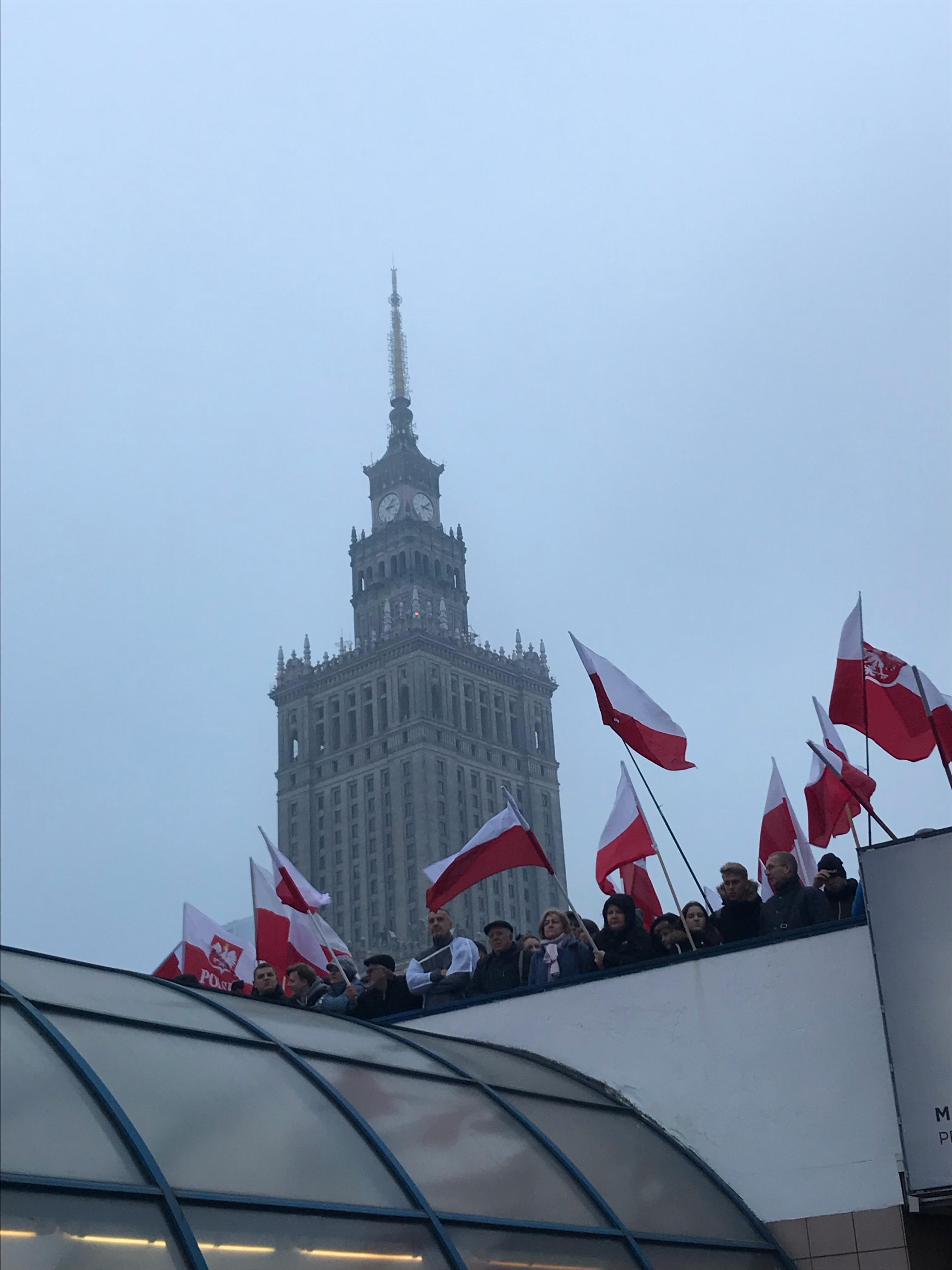 Varšavou prošel pochod nezávislosti na oslavu sto let samostatnosti Polska