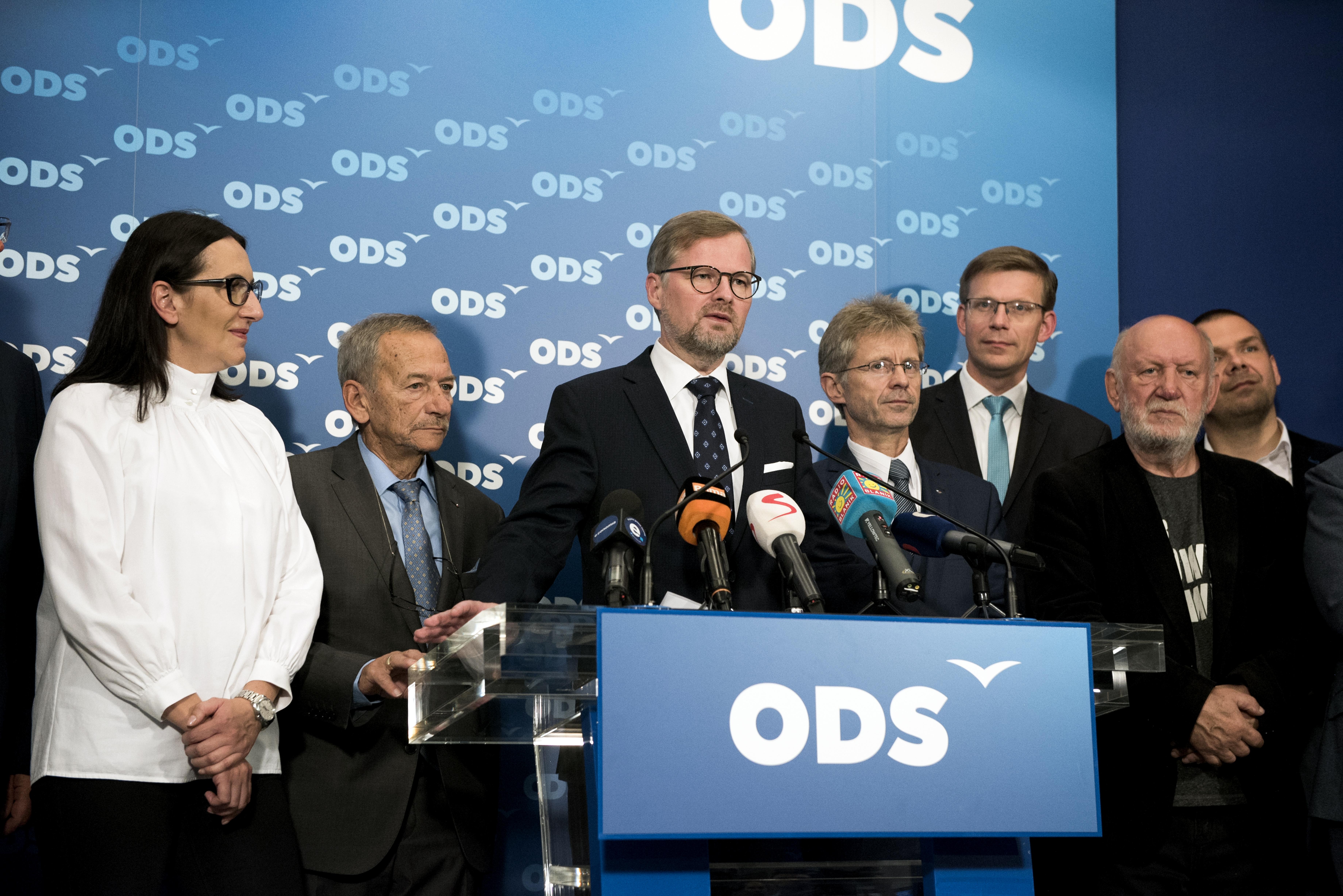 Zástupci Občanské demokratické strany, po druhém kole senátmích voleb, 13.10.2018