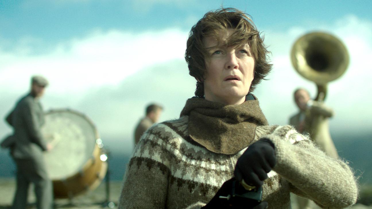 Halldóra Geirharðsdóttir ve filmu Žena na válečné stezce