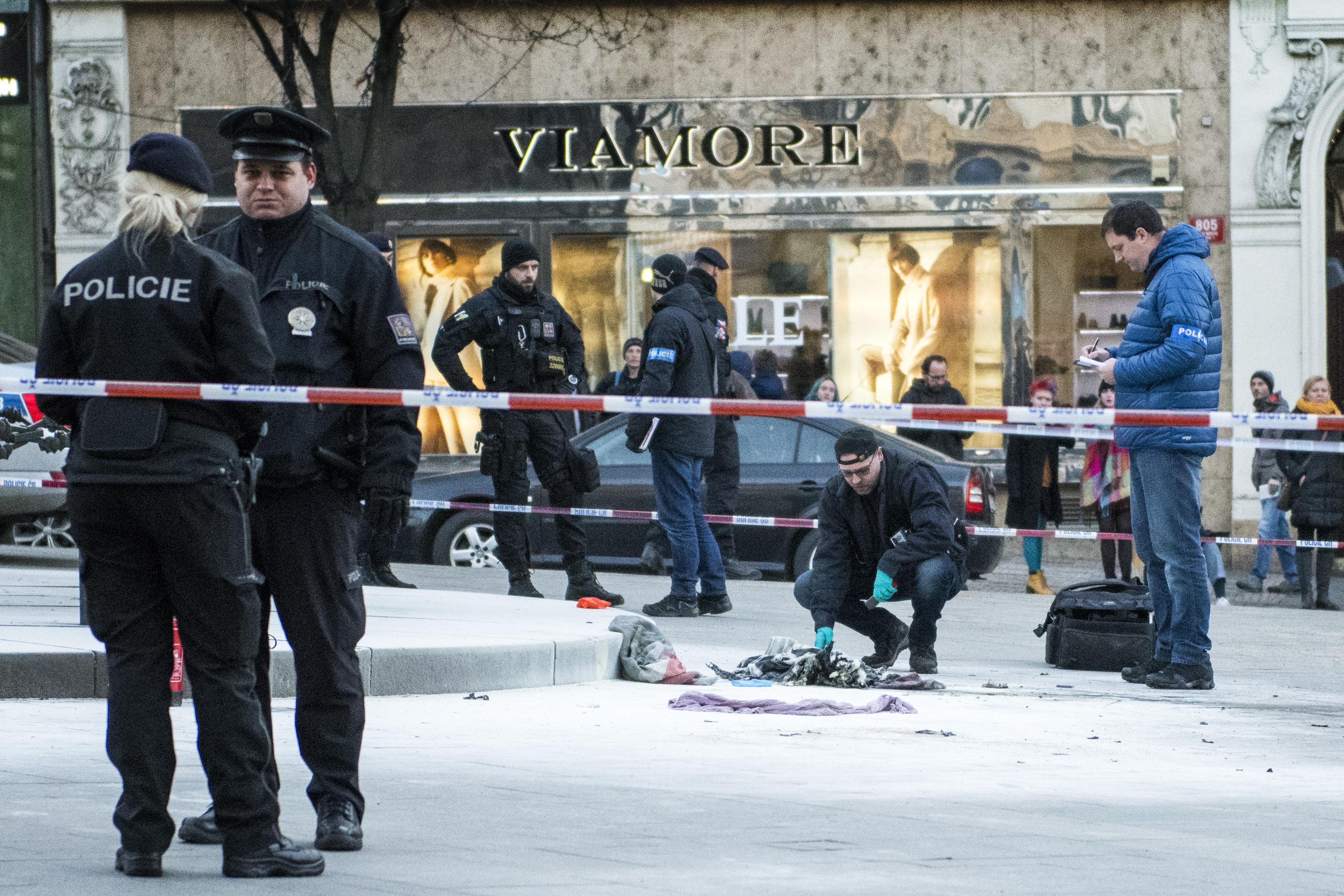 Na Václavském náměstí se zapálil muž, 18.1.2019